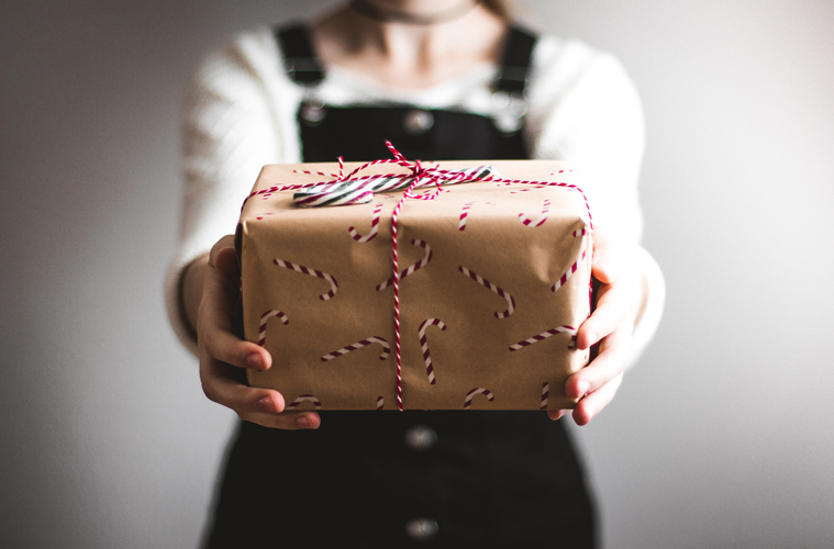 10 kris kringle gifts for under $15